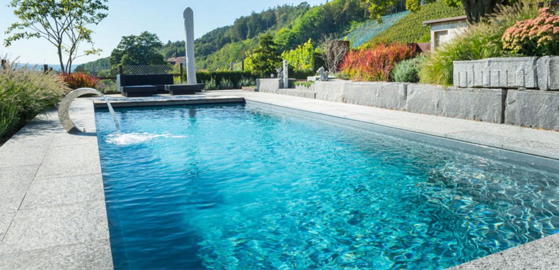 Der klassische pool elegantes design und angenehm for Fertigbecken pool