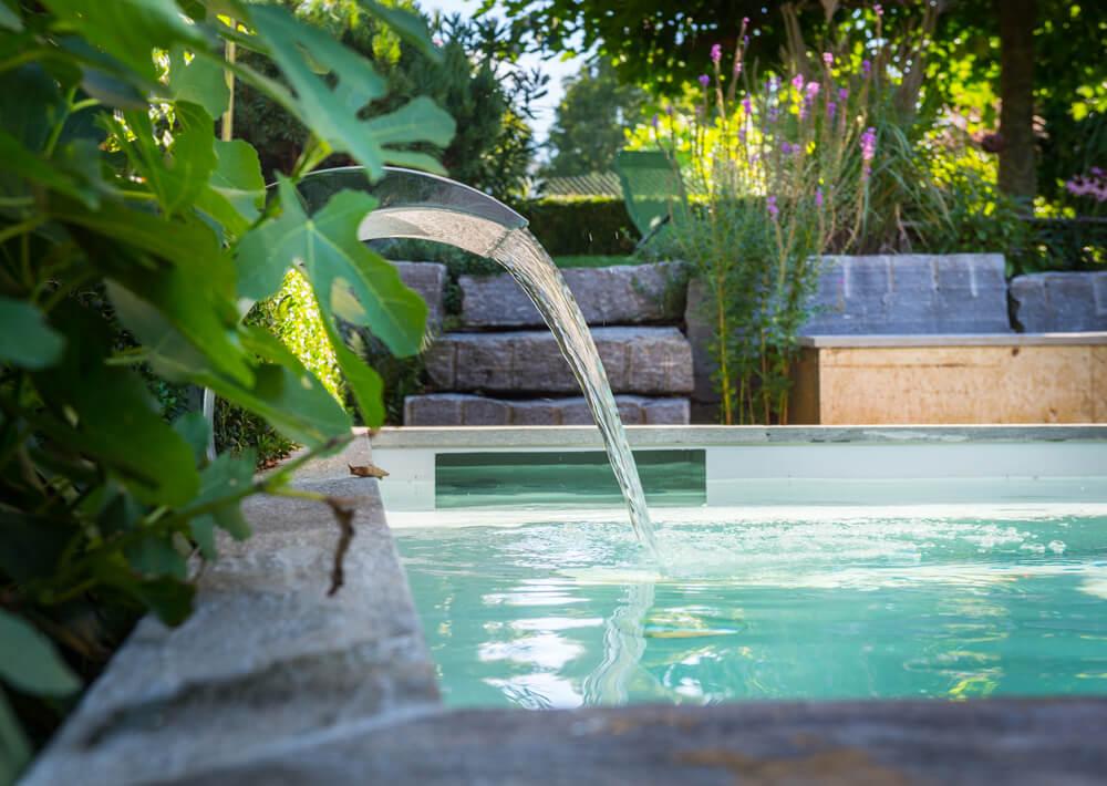 kleiner pool gro es vergn gen teichmeister balena gmbh. Black Bedroom Furniture Sets. Home Design Ideas