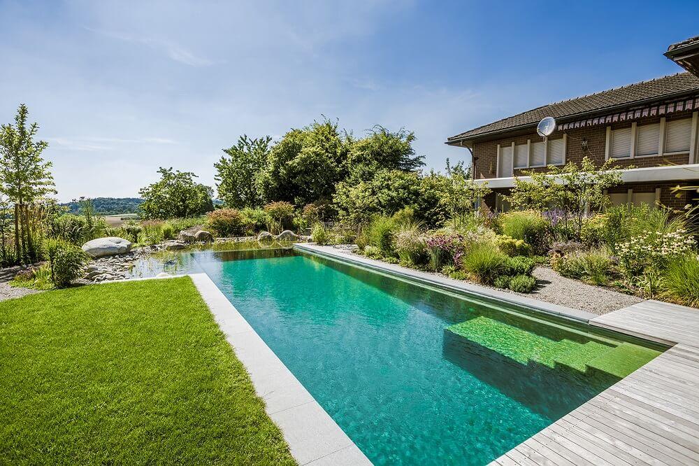 schwimmteich teichmeister bieten ein badeerlebnis ohne chlor. Black Bedroom Furniture Sets. Home Design Ideas